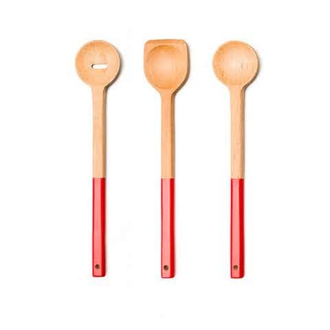 SILHOUETTED FEATURED IMAGE_wooden spoon set